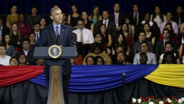 El presidente de Estados Unidos, Barack Obama, habla durante un encuentro con jóvenes líderes de América Latina y el Caribe. (EFE)