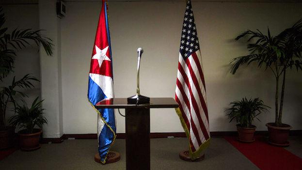 Estados Unidos y Cuba abordarán salud, narcotráfico y vuelos en reunión bilateral. (EFE)