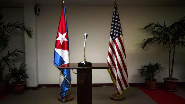 Cuba cuestiona plan de becas de embajada de EEUU