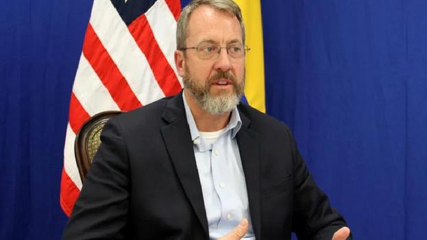 Story fue anteriormente cónsul de Estados Unidos en Río de Janeiro y desempeñó cargos diplomáticos varios en Afganistán, Colombia, México y Mozambique.