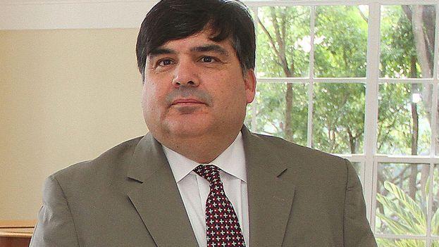El secretario de Estado adjunto de Estados Unidos para Latinoamérica en funciones, Francisco Palmieri, ha pedido a Cuba que respete los derechos humanos. (br.usembassy.gov)