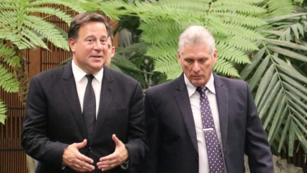 """Varela, que se encuentra en la segunda jornada de su visita oficial a la Isla, insistió en que el nuevo proceso migratorio simplificado """"va a fortalecer la apertura económica de Cuba"""". (@JC_Varela)"""