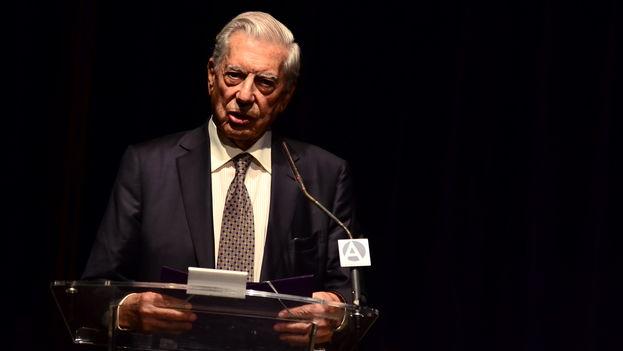 El escritor Mario Vargas Llosa en el Foro Atlántico de Madrid. (Raúl Briceño)