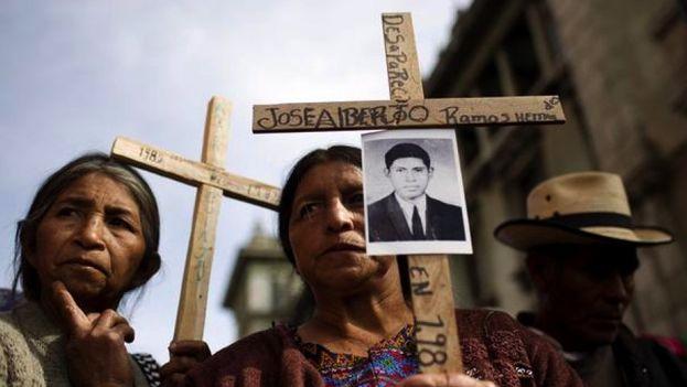 Varios indígenas ixiles asistieron al juicio en el que se dio por probado que fueron víctimas de genocidio. (@UsacEsPueblo)