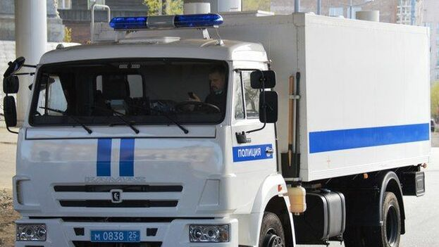 Vehículo policial ruso de la marca KamAZ.