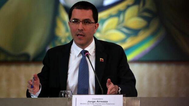El canciller de Venezuela, Jorge Arreaza, ofrece declaraciones este lunes, en el Ministerio de Exteriores, en Caracas. (EFE)