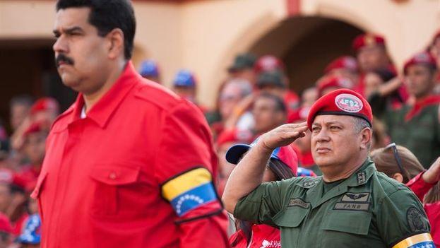 El presidente de Venezuela, Nicolás Maduro y el diputado Diosdado Cabello  (EFE)