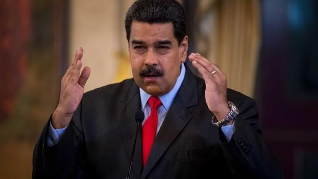 El presidente de Venezuela, Nicolás Maduro, habla durante una rueda de prensa en Caracas. (EFE)