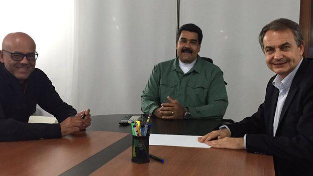 El presidente de Venezuela, Nicolás Maduro, se reúne con el expresidente español José Luis Rodríguez Zapatero. (Twitter)