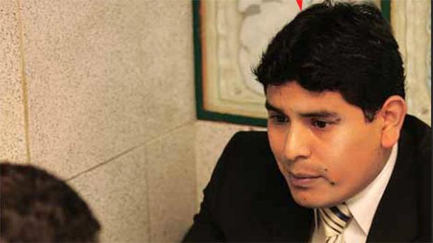 El abogado peruano Víctor Salas en su despacho de Madrid. (D.R.)