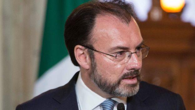Videgaray pide a EE UU que asuma sus responsabilidades en la lucha contra el narcotráfico en el ámbito del consumo. (@LVidegaray)