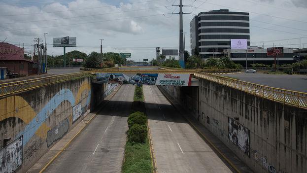Vista del paso a desnivel de la Centroamérica durante el paro nacional. (Confidencial)