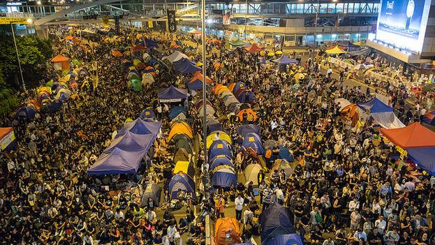 Vista del epicentro de las protestas en el barrio de Admiralty. (Alcuin Lai/Flickr)