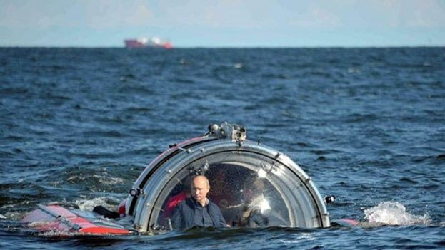 Si el año pasado el propio presidente ruso, Vladímir Putin, se desplazaba a la península en un viaje calificado por muchos de provocación, este fueron once diputados de la Duma del Estado. (Redes)