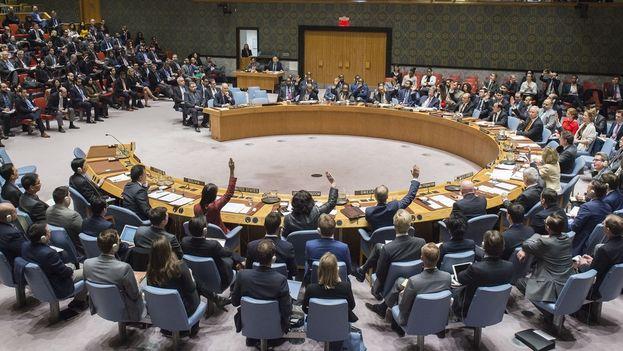Votación del Consejo de Seguridad este martes sobre el presunto ataque con armas químicas en Siria. (UN Photo/Loey Felipe)