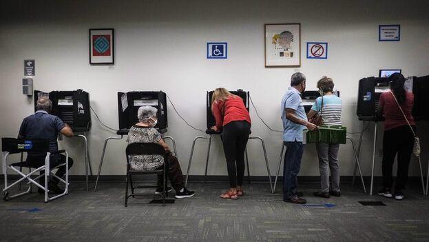 Votación anticipada en Florida, Miami. (EFE/EPA/Mario Cruz)