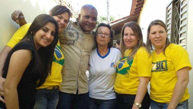 El doctor cubano Yohan Batista Martí cuando residía como cooperante en Brasil. (Cortesía)