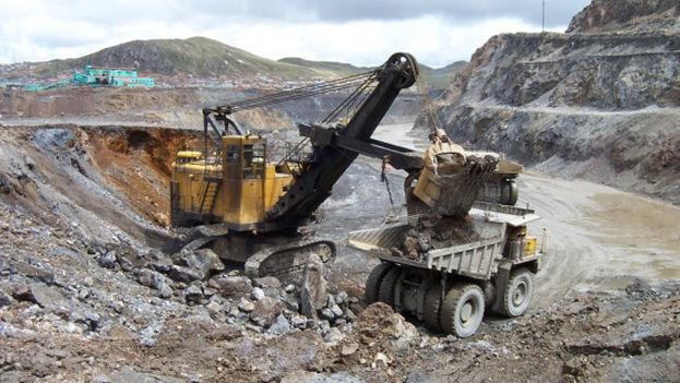 La caída del precio de los metales y los altos costos de producción llevaron al cese completo de las actividades de explotación minera en Santa Lucía. (CC)
