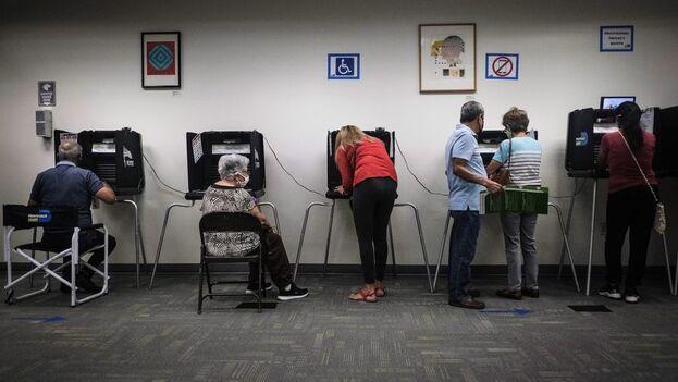 Ya se ha alcanzado el 70 % del volumen total de votos por anticipado que se emitieron en las elecciones de 2016. (EFE)