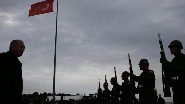 El argumento del gobierno turco para liberar en total 90.000 presos es reducir el riesgo de transmisión del virus. (EFE)