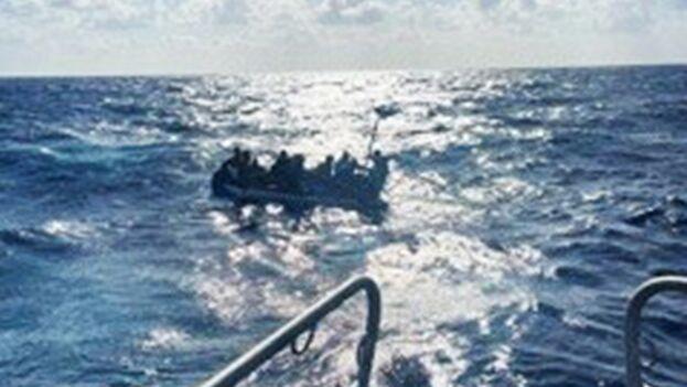 Las autoridades estadounidenses han interceptado a 239 cubanos desde el 1 de octubre de 2020. (Guardia Costera)