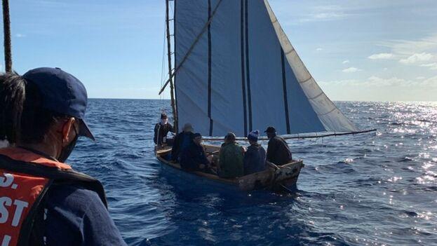 En la imagen un grupo de balseros cubanos que fue repatriado a la Isla el pasado 6 de marzo. (Guardia Costera)