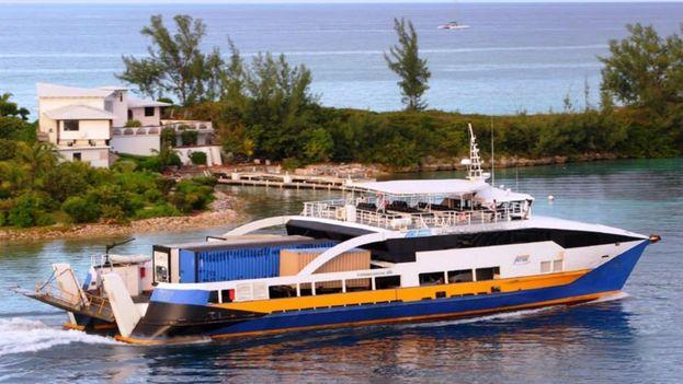 Un barco de CubaKat. (Facebook)