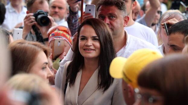 La candidata opositora bielorrusa Svetlana Tijanóvskaya impugnó el lunes el resultado de las elecciones. (EFE)