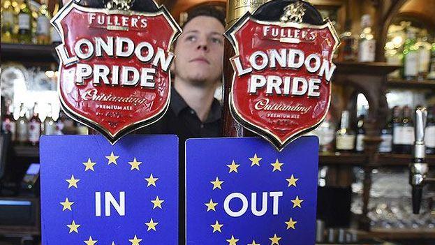 las encuestas apuntan a que un 47% de los británicos son partidarios del Brexit, de marcharse, y un 40% de permanecer. (EFE)