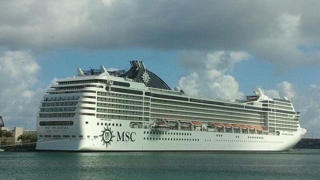 Uno de los buques de la compañía MSC. (Flickr)