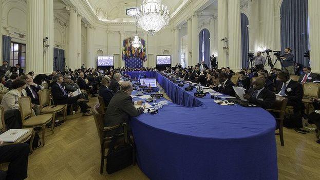 Los cancilleres se verán de nuevo para hablar sobre Venezuela en Cancún entre el 19 y el 21 de junio. (@OEA_oficial)