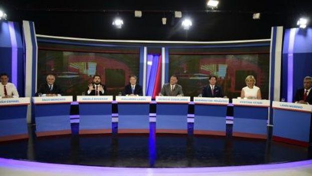 Los candidatos a la presidencia de Ecuador en el debate televisivo de este domingo. (Captura)