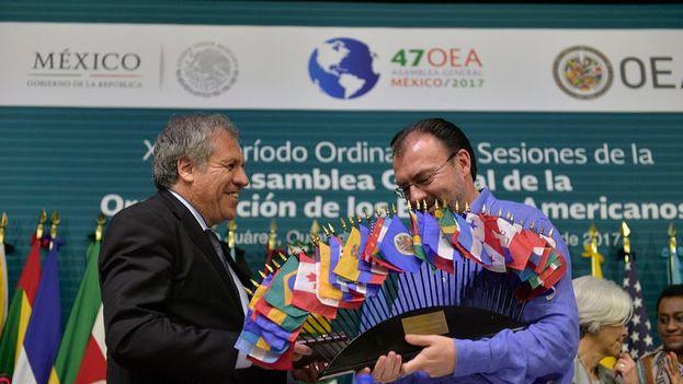 Cuatro pequeñas naciones caribeñas retiraron su apoyo a última hora a la resolución sobre Venezuela prevista. (@OEA_oficial)