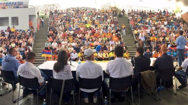 La oposición tomó juramento a los ciudadanos que forman parte de los Comités para el Rescate de la Democracia. (@AnonymousCR)