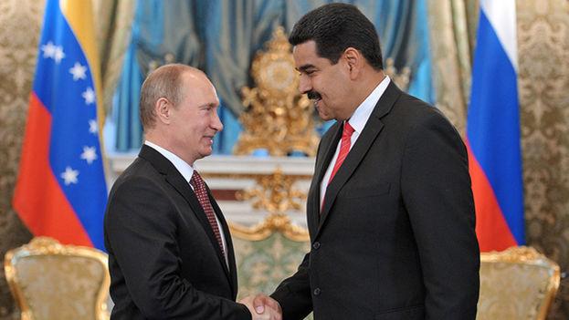 """Según un comunicado del Kremlin, Putin y Maduro también """"trataron la situación en el mercado del petróleo"""". (Sputnik)"""