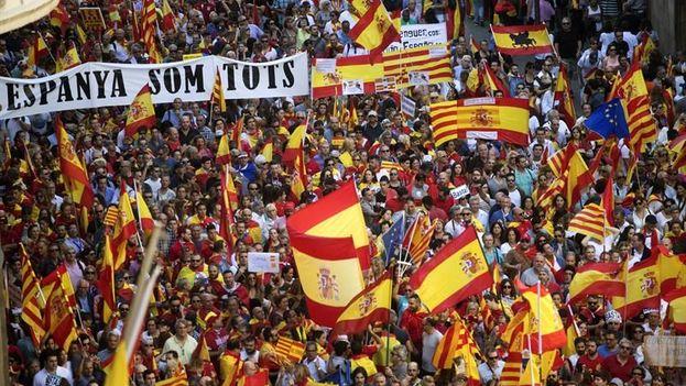 La marcha del domingo estaba convocada por Societat Civil Catalana y contaba con el apoyo de varios partidos de la oposición. (EFE)