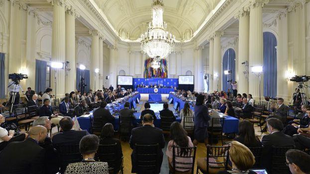 Maduro propondrá un referendo en Venezuela