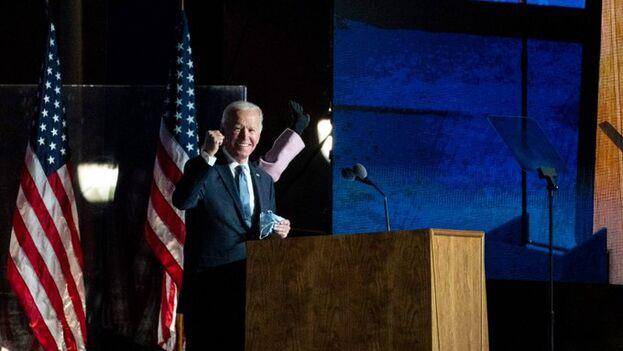 Los demócratas se matienen a la espera de los datos pero creen que podrían proclamar este miércoles la victoria de Biden. (EFE)