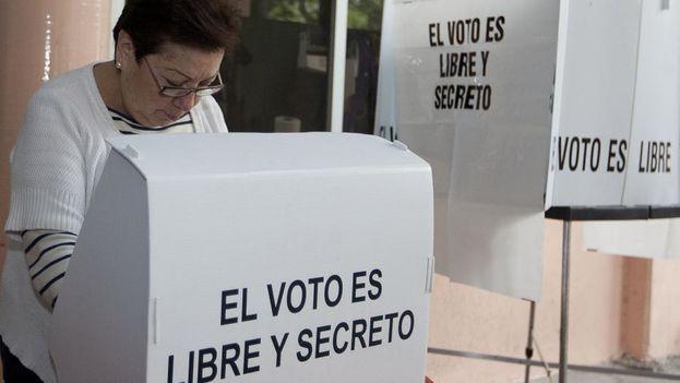 La derrota del Sí podría ser fruto de la suma de gestos, de los que votan No, los que se abstienen y los que anulan o dejan en blanco la boleta. (Susana González/DPA/PA)