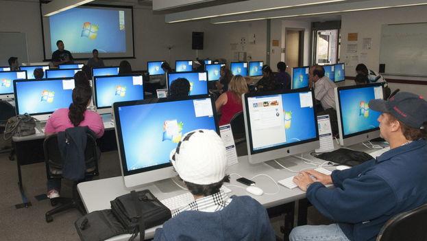 En los países en desarrollo la cifra de conectados a la red asciende a un 45,3 por ciento. (EFE/Archivo)