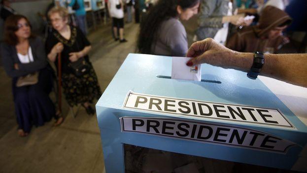 El domingo 17 de diciembre los chilenos regresan a las urnas para la segunda y definitiva vuelta de las elecciones presidenciales. (EFE)