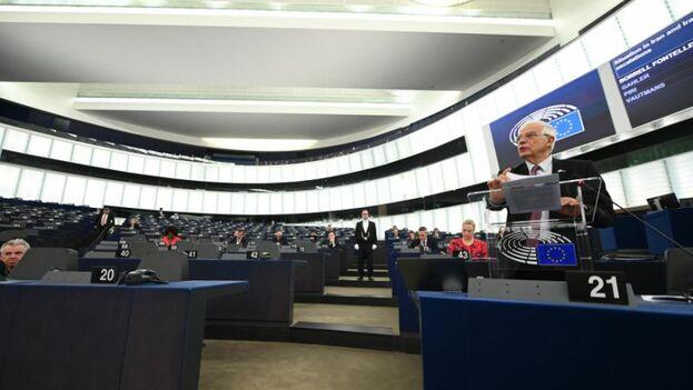 """El jefe de la diplomacia europea pidió en una declaración este martes que las partes del acuerdo nuclear iraní afronten de """"buena fe"""" el proceso. (EFE)"""