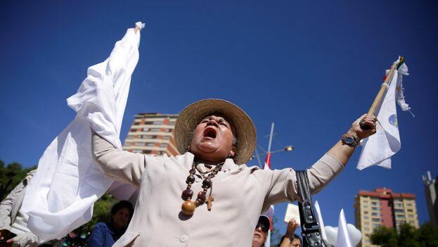 Este domingo, La Paz vivió marcas pidiendo que regrese la calma al país. (EFE)