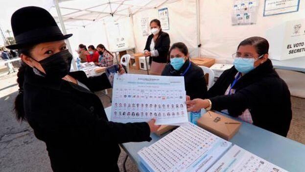 Las elecciones fueron convocadas para el próximo 11 de abril. (EFE)