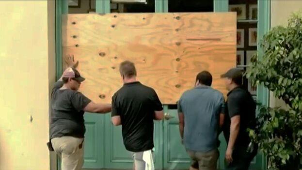 El huracán se encuentra a unos 90 km al sur de la desembocadura del río Misisipi, en Luisiana. (Captura)