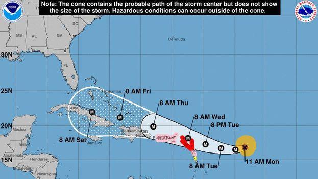 El ciclón se encuentra a 980 kilómetros (610 millas) al este de las Antillas Menores. (NOAA)