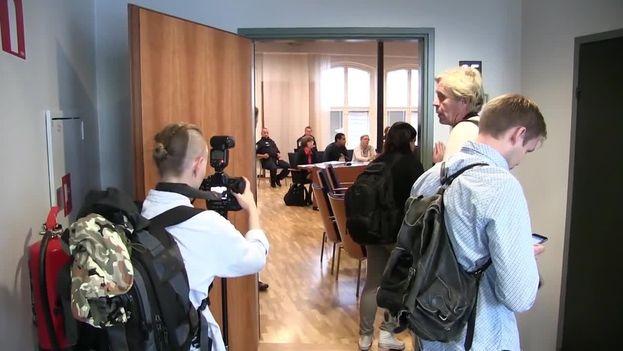 Una de las vistas previas al jucio por violación al que se han enfrentado los cinco voleibolistas condenados este martes en Finlandia. (RT)