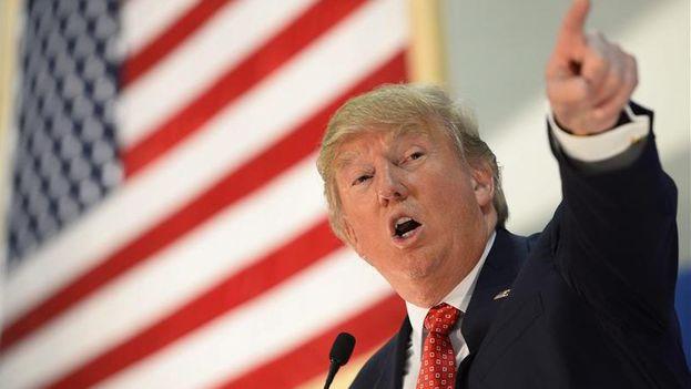 El precandidato presidencial estadounidense por el partido Republicano, Donald Trump, pronuncia un discurso durante un evento de su campaña. (EFE/Archivo)