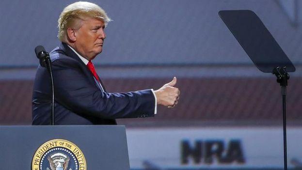 Muchos estadounidenses son escépticos de que el liderazgo de Trump baste para lograr que el Senado dé prioridad al control de armas. (EFE)