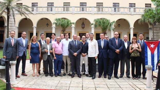 Las exportaciones de empresas murcianas a Cuba rondan actualmente los 25 millones de euros. (@PortavociaRM)